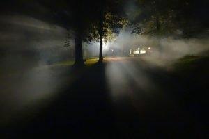 Dans la crainte, la croyance au surnaturel grandit