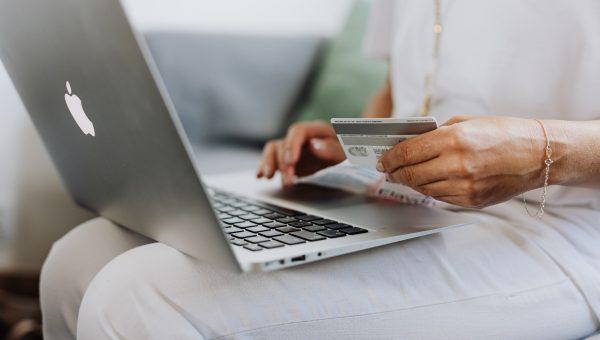 Quelle banque en ligne choisir pour son SCI ?